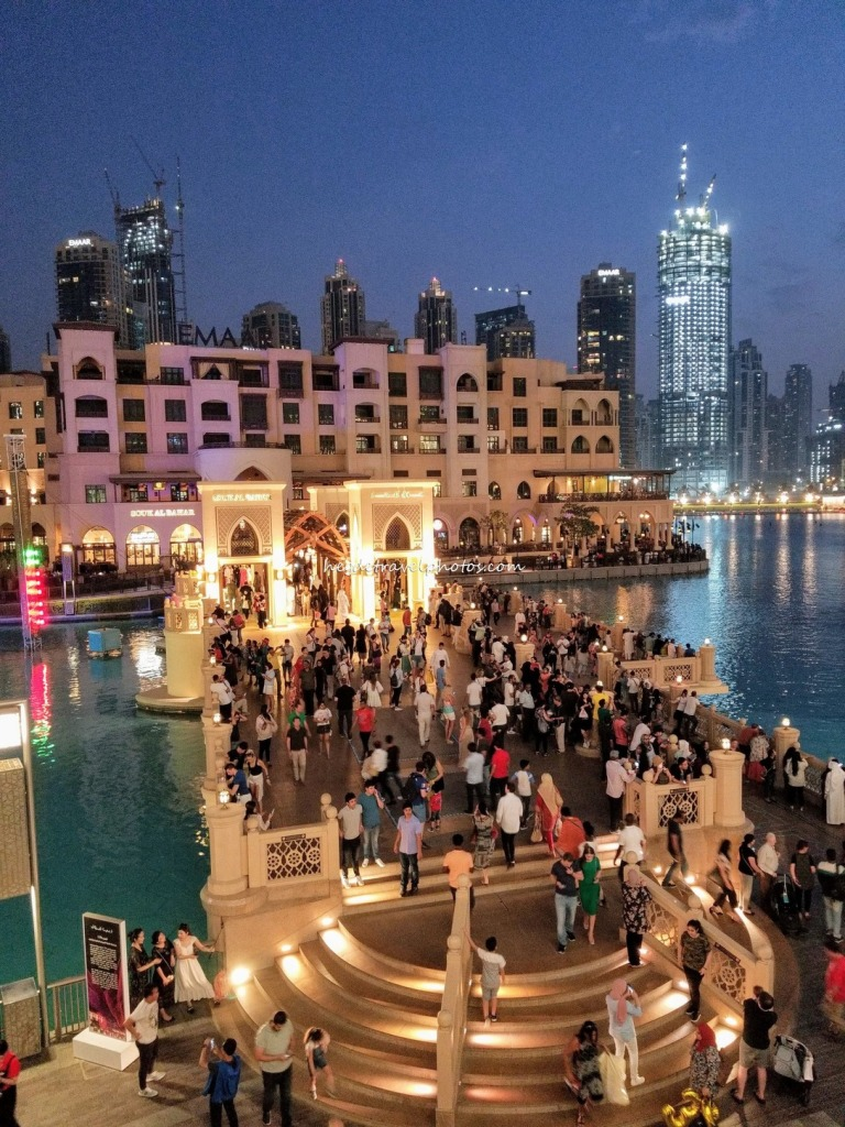 The Souk Al Bahar , The Lake and The Crowd